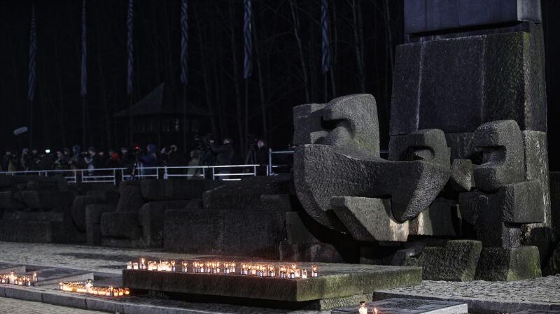 """""""Prawda o Holokauście nie może umrzeć"""". 75 lat temu wyzwolono obóz Auschwitz-Birkenau"""