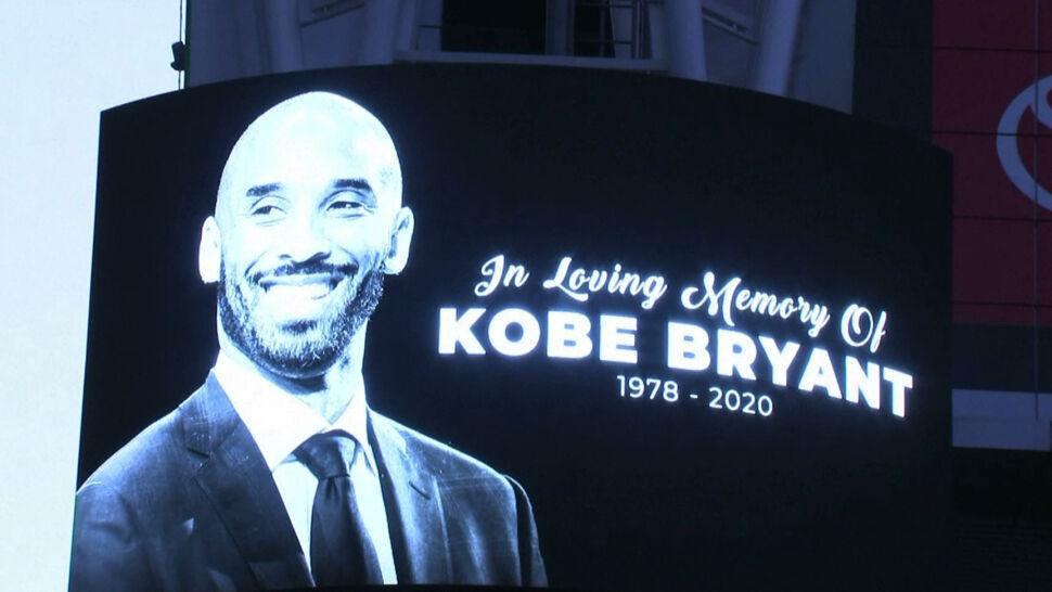 """""""Był kimś więcej niż sportowcem"""". Fani oddają hołd zmarłemu koszykarzowi"""