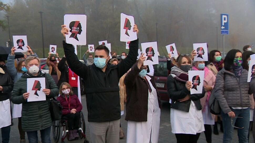 """""""Moja praca staje się bezzasadna"""". Lekarze popierają protesty kobiet"""