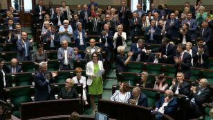 Wyjątkowy moment  w Sejmie. Oklaski, radość i przyjęta poprawka opozycji