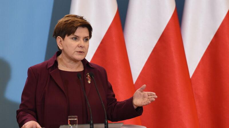 Premier Szydło: nie wierzę w polityczne ratingi