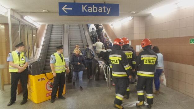 Awarie schodów w metrze. Ratusz sprawdza, które wymienić