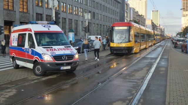 """""""Pasażer zmarł w tramwaju"""". Ruch wstrzymany"""