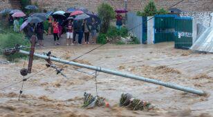 Katastrofalne powodzie i osunięcia ziemi w Nepalu. Kilkadziesiąt ofiar śmiertelnych