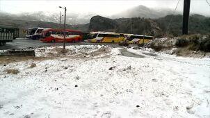 Atak zimy w Ekwadorze. Kierowcy utknęli na autostradzie