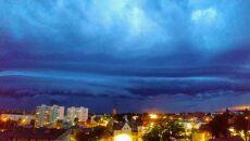 Ciemne niebo w Malborku (Agata Semeniuk)