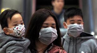 Dziewięć ofiar koronawirusa. Rozprzestrzenia się już w innych krajach